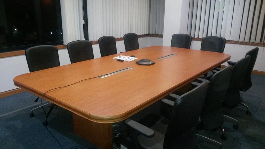 Cari Meja Kantor Secara Online? Ikuti Beberapa Tips Berikut Ini! (part 1)