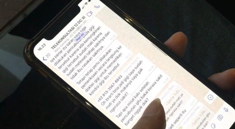 POTRET konsultasi daring melalui WhatsApp group